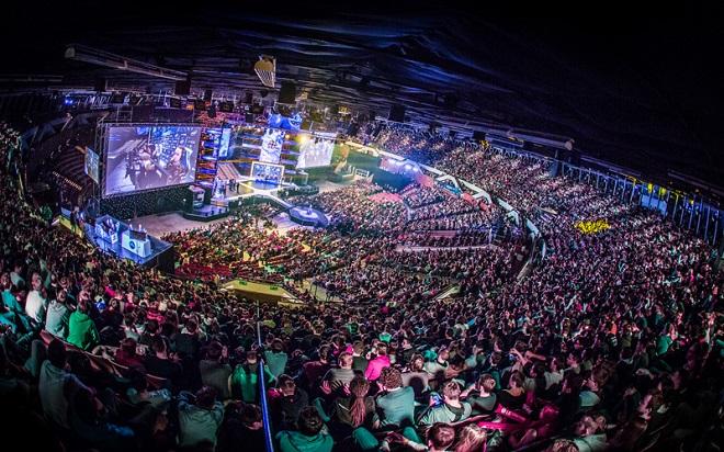 Esport möter gambling i samarbete mellan Complexity och WinStar